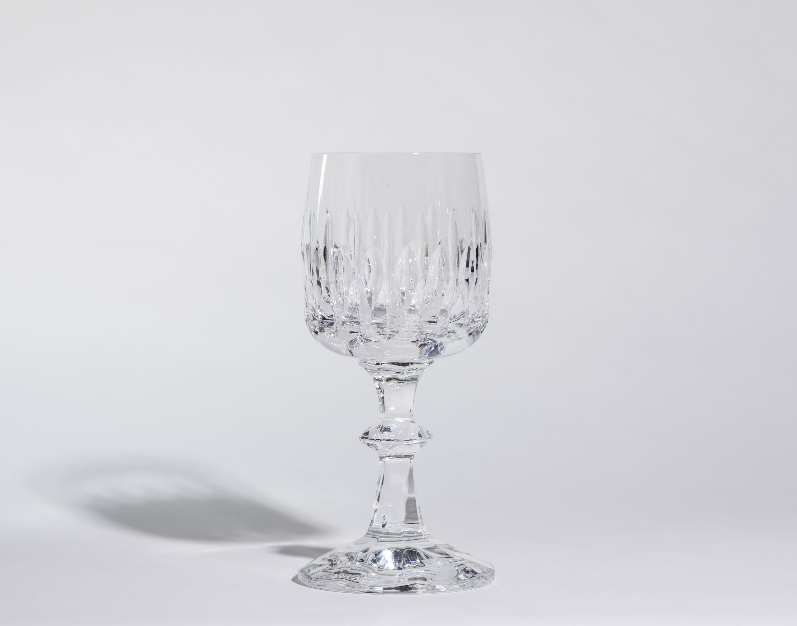 Wine glasses (6oz, stemmed)
