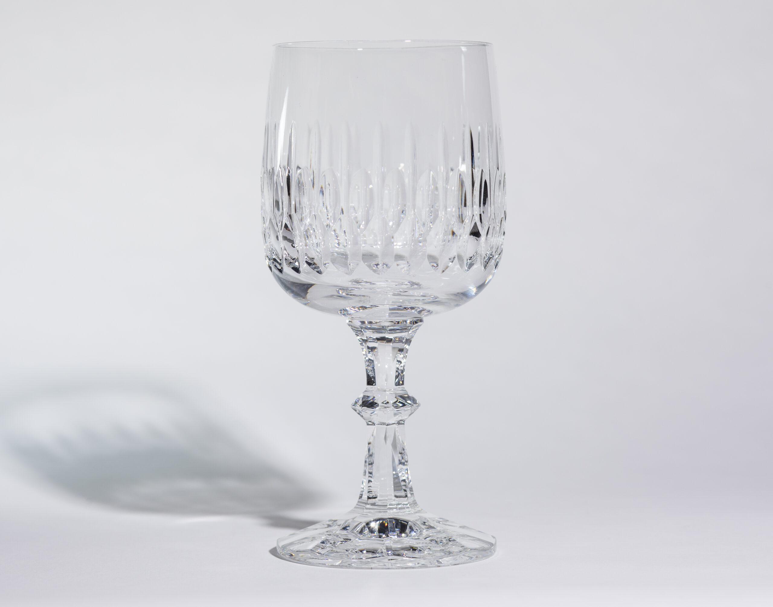 Wine glasses (10oz, stemmed)