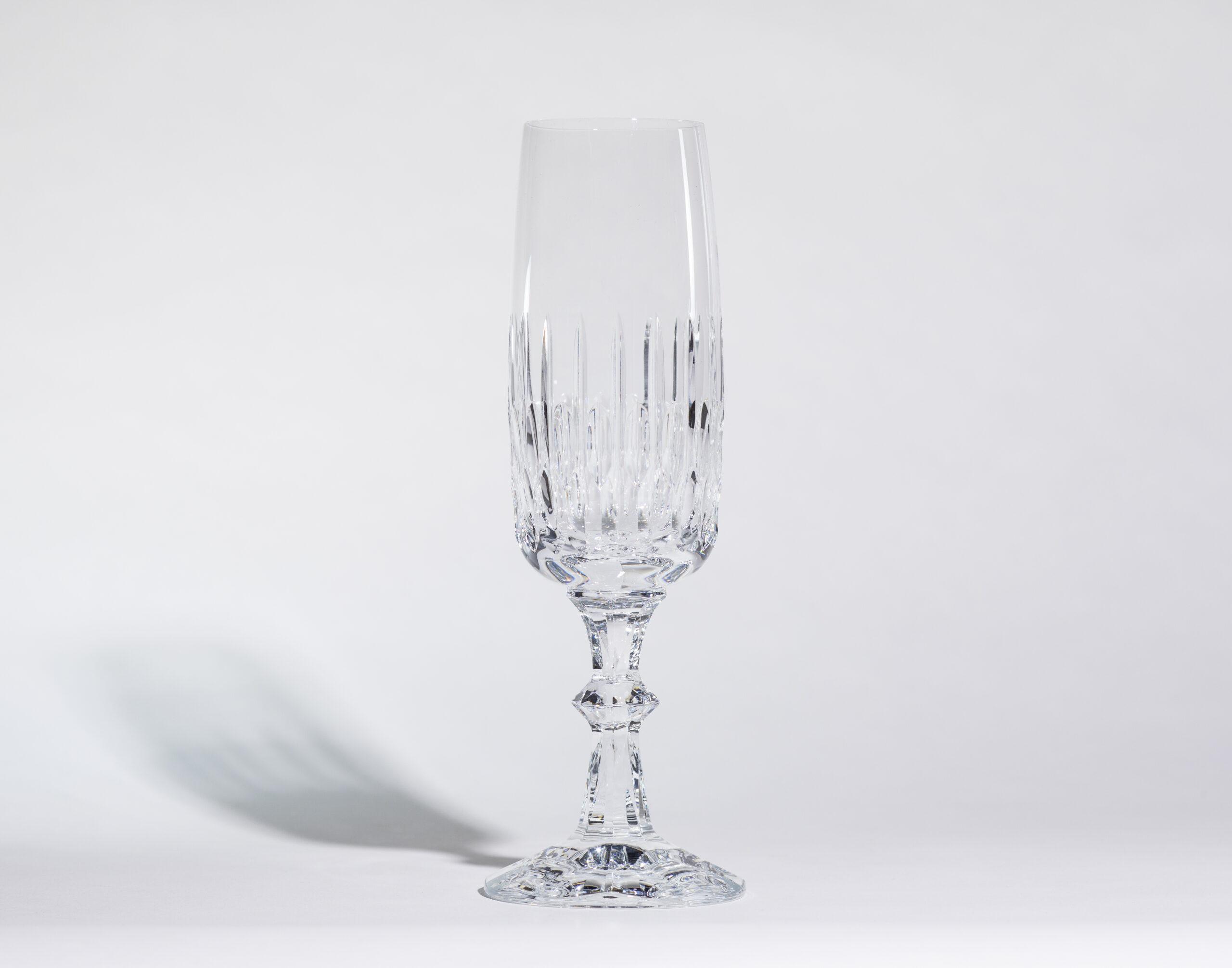 Champagne flutes (5oz, stemmed)