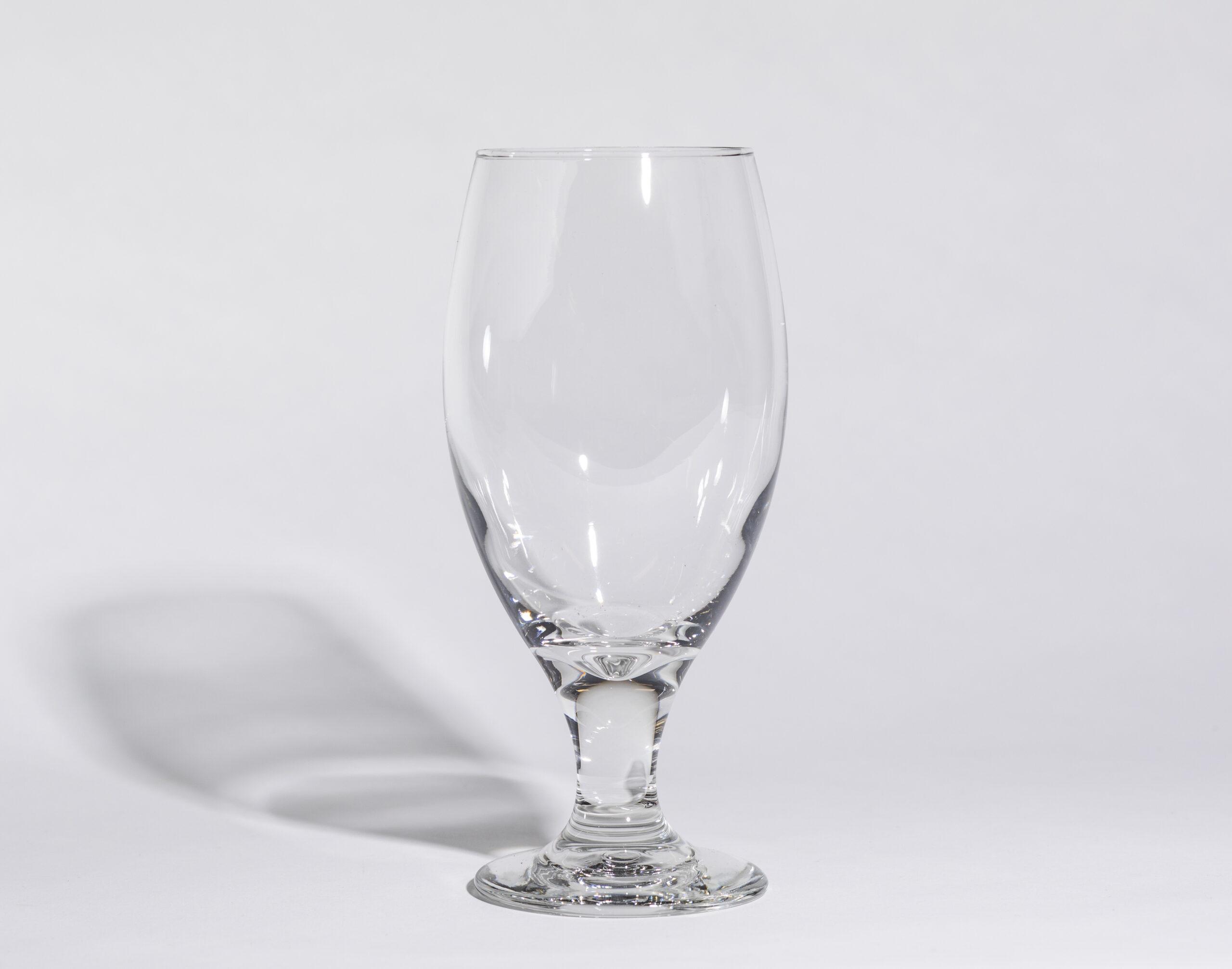 Beer glasses (15oz, stemmed)