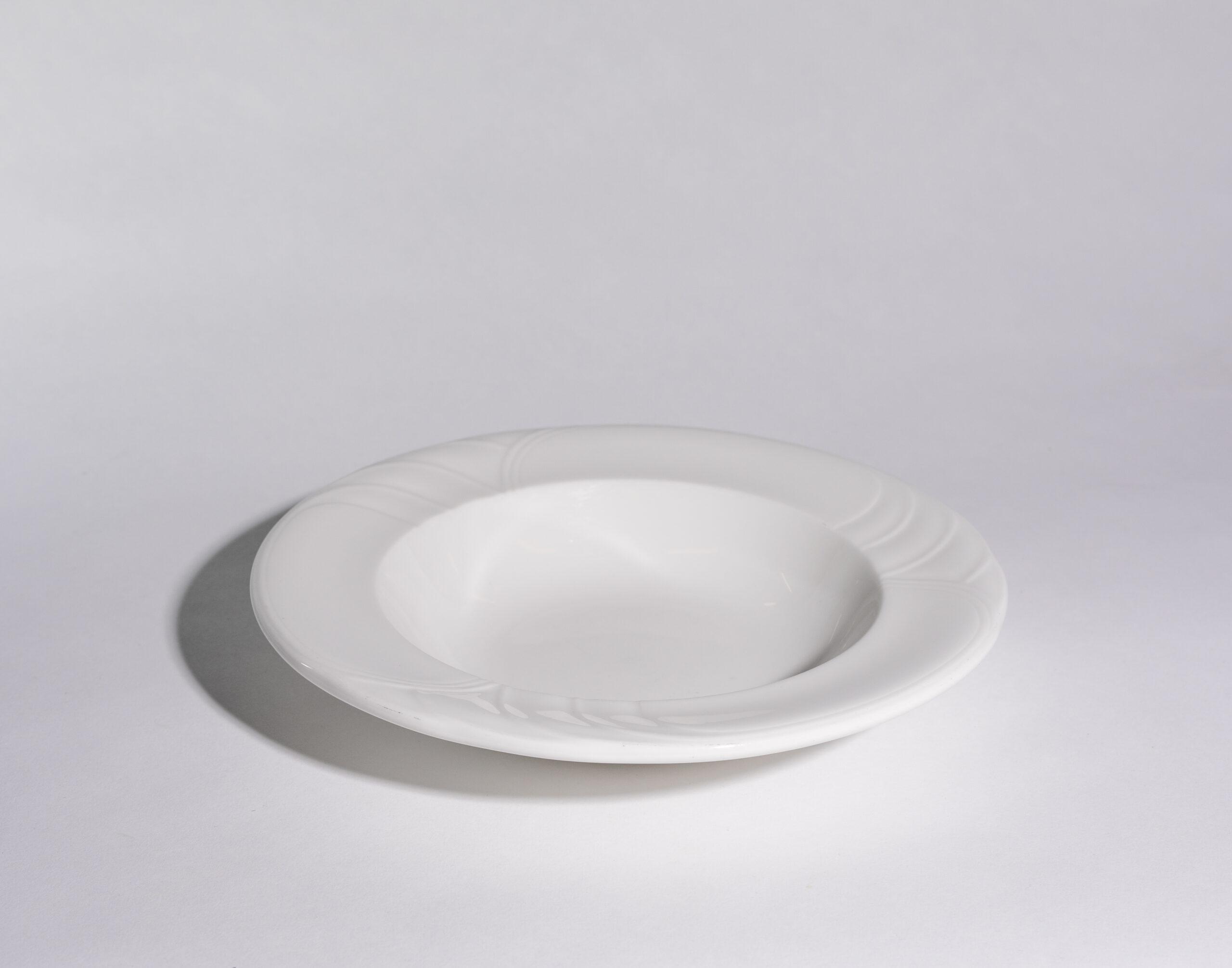 Rimmed soup bowls (14oz)