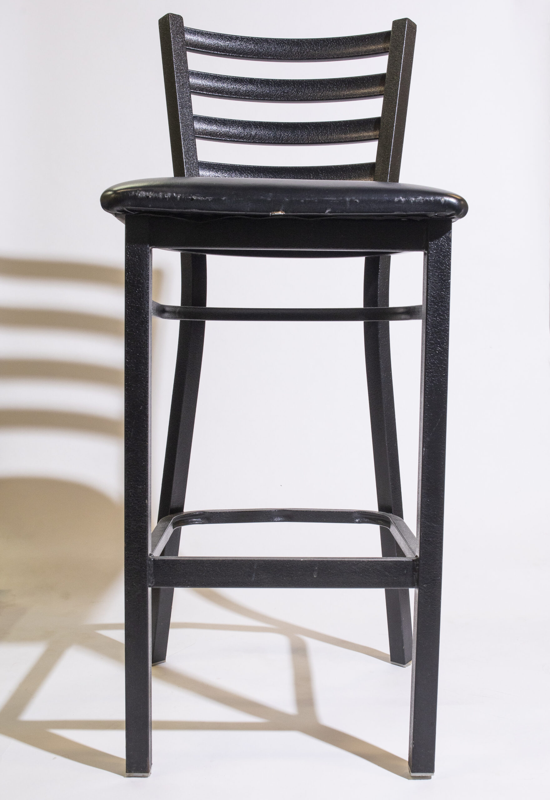 Cocktail with cushion (black, metal)