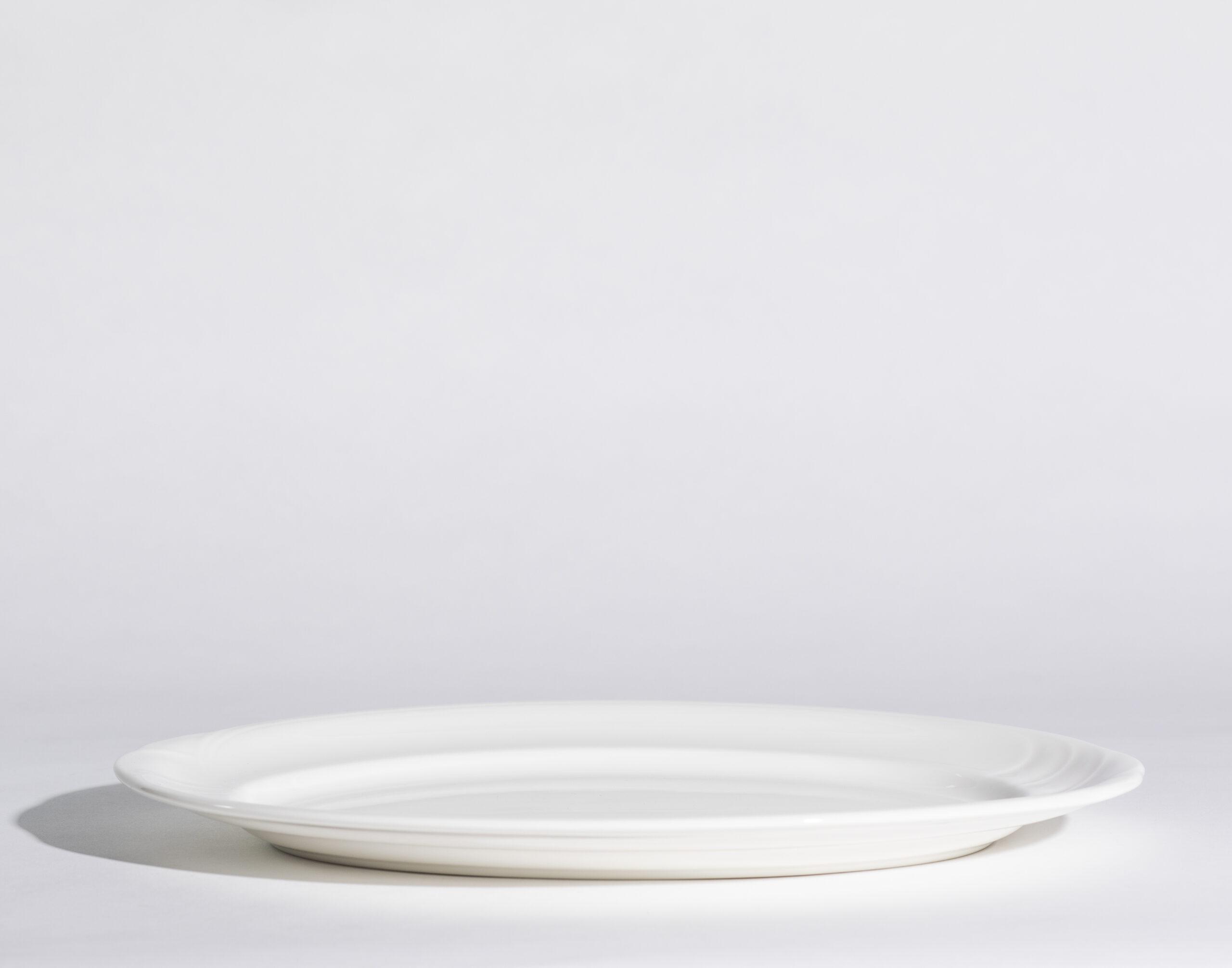 Surf & turf plates (14'', oval)