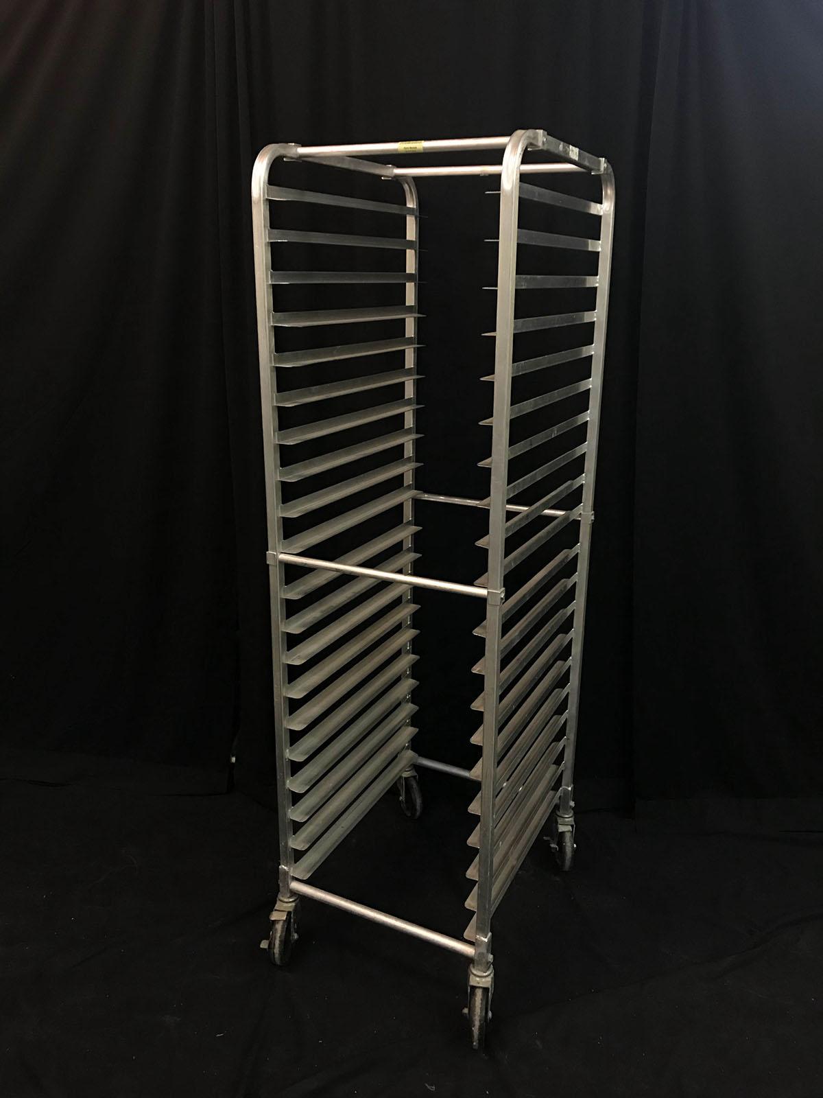 Bread rack (on wheels, metal)